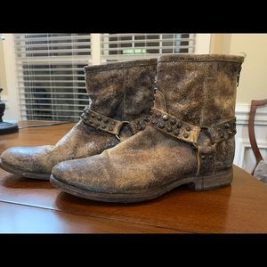 Frye Phillip Studded Harness Boots
